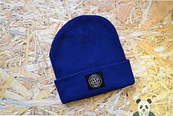 Модная синяя мужская шапка