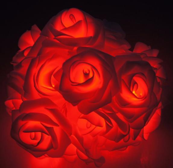 Светодиодная гирлянда Розы 2м 20LED на батарейках АА красные