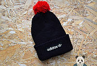 Модная шапка адидас,adidas черная с бубоном