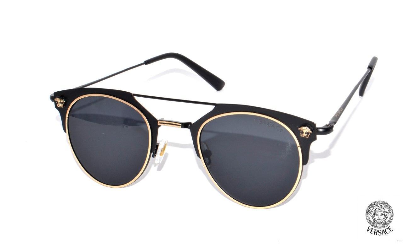 Женские пляжные очки от бренда Versace -