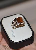 Серебряная печатка с вставками золота