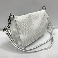 e04b62585962 Женская сумка клатч Bars 2347 кожаный белый с тиснение под рептилию на  плечевом ремне
