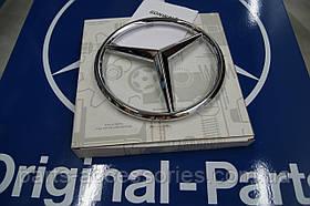 Значок емблема на решітку радіатора Mercedes A-Class W176 2012-2017 Нова Оригінал