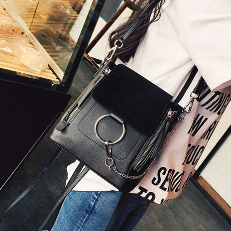 d143f61c8676 Сумка рюкзак женская реплика Chloe с кольцом - Интернет-магазин рюкзаки и  сумки Авось Ка
