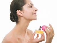 Как правильно наносить парфюмерию?