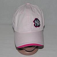 Светло-розовая  бейсболка женская NY коттон 100%