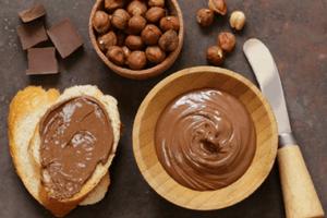 Шоколадная и арахисовая паста