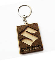 Авто-брелок деревянный Suzuki (10шт)