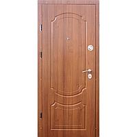 Квартирные двери VIP Классик светлый орех Укр.Двери
