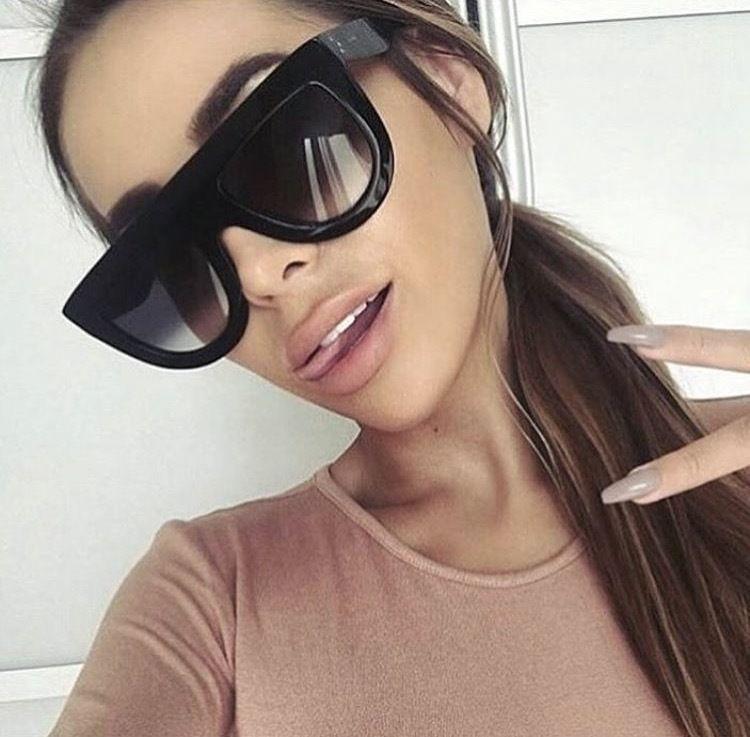 Очки женские солнцезащитные не стандартной формы