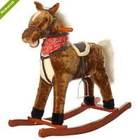 Лошадка-качалка музыкальная M 0232-1