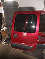 Дверь боковая сдвижная левая бордовая на Renault Kangoo