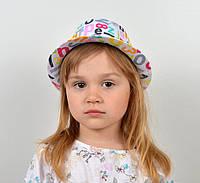 Яркая детская шляпа