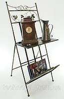 Стойка кованая для газет и журналов с горизонтальной полочкой-столиком