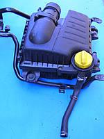 Корпус воздушного фильтра двигателя 2.0, 2.5 Opel Vivaro  Опель Виваро Віваро (2001-2013гг)
