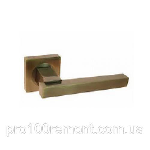 Ручка дверная на розетке NEW KEDR R08.103-AL-AB