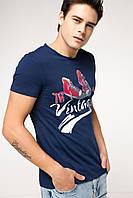 Мужская футболка De Facto синего цвета с рисунком и надписью на груди Vintage