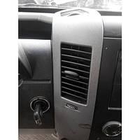 Дефлектор повітря на Mercedes Sprinter 906 (313,315,318)2006-2014рр