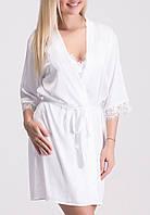 Белый халат из шелка с французским кружевом