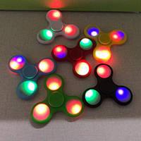 Светящийся спиннер / Спинер лед/ спинер с led лампочками  / светящийся с подшипниками разные цвета