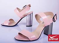 Женские лаковые босоножки на удобном каблуке, три цвета, от 36 до 40 р-ра