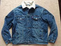 Куртка джинсовая меховая Levis р.  XL  ( СОСТ НОВОГО )