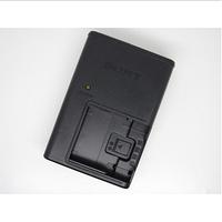 Зарядное устройство Sony BC-CSD (аналог) для аккумуляторов NP-BD1 | NP-FD1 | NP-FR1 | NP-FT1 | NP-FE1