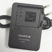 Зарядное устройство FujiFilm BC-95 (аналог) для аккумулятора NP-95