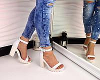 Новинка! Женские кожаные босоножки белого цвета на каблуке, 39 40р
