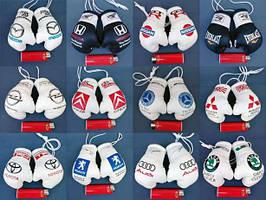 Сувенирные боксерские перчатки брелок-подвеска