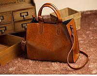 Женская классическая сумка с 2 ручками коричневая
