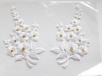 """Аплікація вишивка клейова парна """"Квіти"""" білі  з люрексом, 12 см 1пара Термоаппликации, аппликации"""