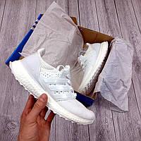 Белые Женские Кроссовки Adidas Ultra Boost арт.1022
