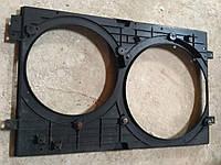 Диффузор радиатора охлаждения Шкода Октавия Тур 1J0 121 207 M