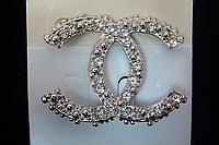 """Брошь бренд """" Chanel """" с камнями"""
