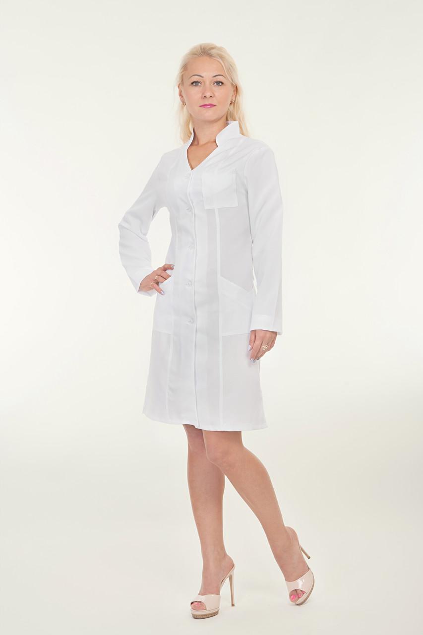 Белый медицинский халат с воротником стойкой
