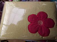 Плед из бамбука с вышивкой 200*220 оливковый