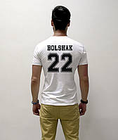 Мужская футболка с фамилией или именем и цифрой.