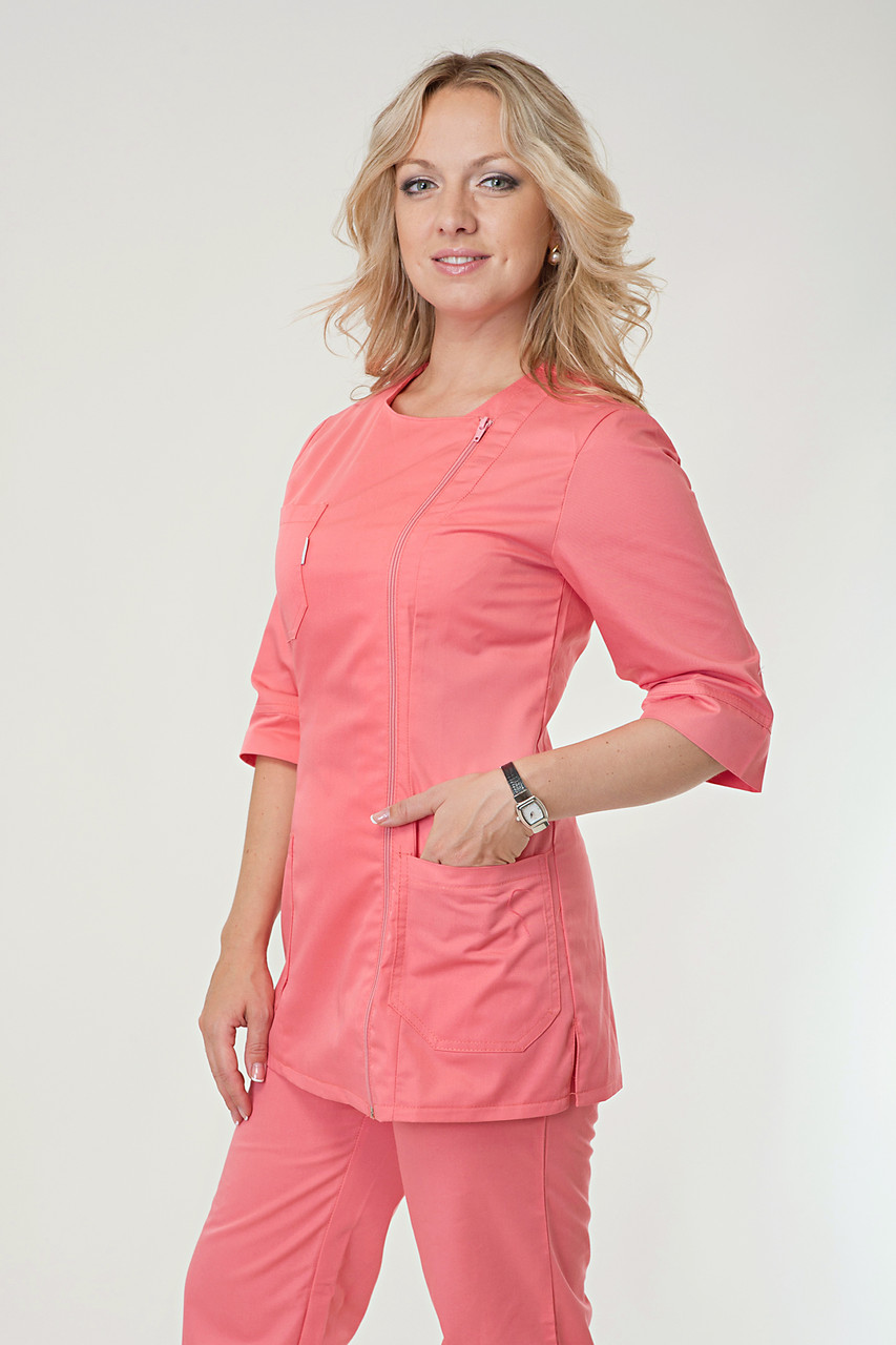 Медицинский женский костюм однотонный кораллового цвета