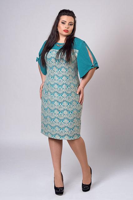 Нежное элегантное кружевное платье с оригинальным рукавом и украшением на горловине 50-52
