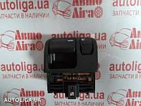 Кнопка открывания крышки багажника и лючка топливного бака NISSAN Maxima (A33) 00-06
