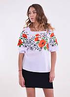 Женская белая вышитая блуза с маками