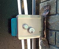 Установка электро-механического замка в калитку.