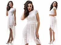 Белое нарядное платье со шлейфом из гипюра с поясом