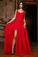 Длинное платье в пол с расклешенным низом и разрезом на юбке, на бретелях