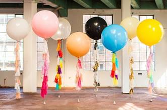 Воздушный шар любого цвета 70 см + 6 кистей тассел