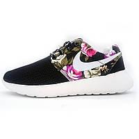 Женские кроссовки Nike Roshe Run черные в цветочек