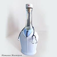"""Декор бутылки """"Медику"""" Подарок врачу на день медицинского работника или по любому случаю"""