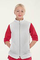 Медицинская женская жилетка белого цвета