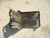 Площадка под аккумулятор Mitsubishi Outlander 2.0, 2004г.в. MR479854